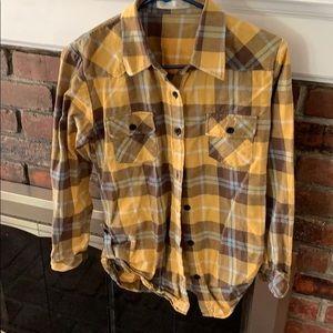 Tops - Benibos flannel top